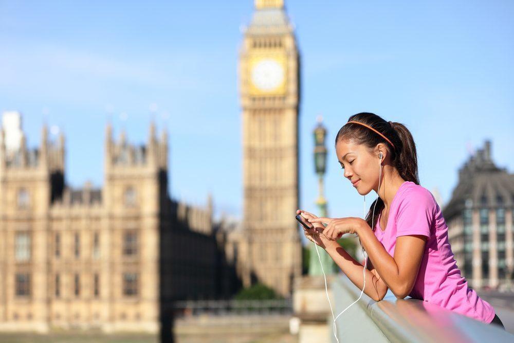 Chỉ cần một chiếc smartphone, bạn có thể học mọi lúc mọi nơi với Memorise