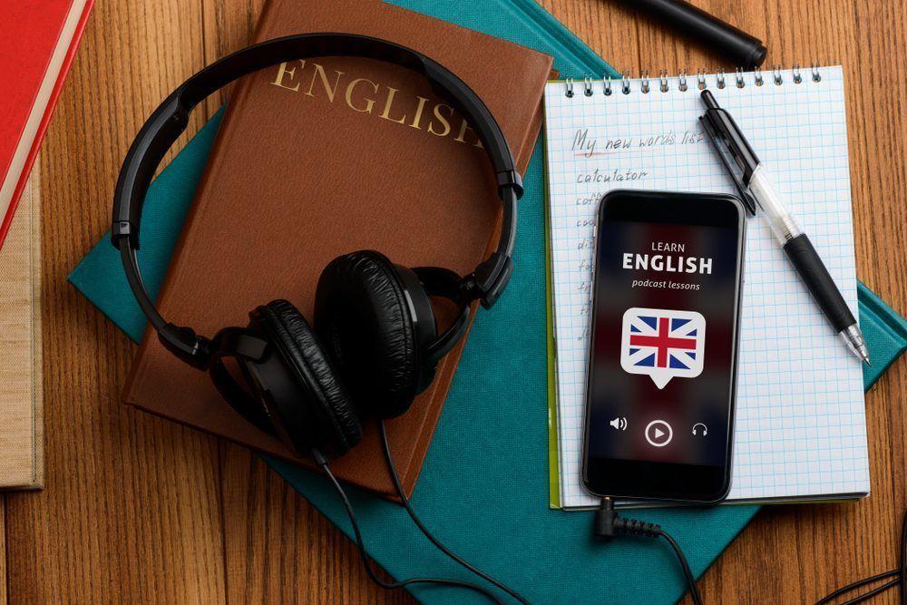Tận dụng các thiết bị thông minh để học tiếng Anh với hình ảnh và âm thanh sinh động
