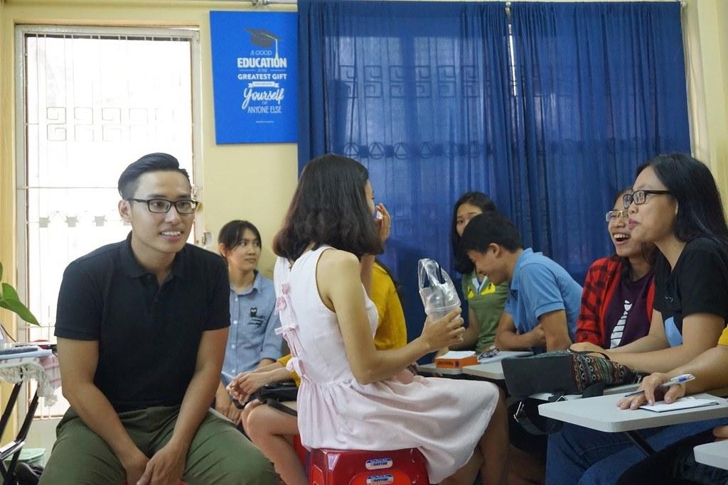 Những buổi thuyết trình giúp bạn rèn luyện kỹ năng giao tiếp và phát âm tiếng Anh