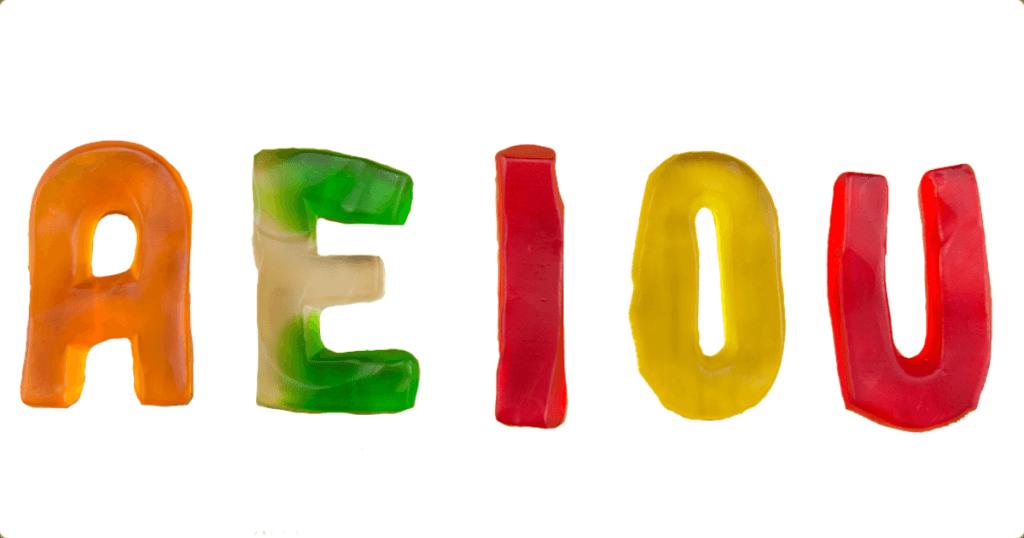 Trong 26 chữ cái chỉ có 5 chữ cái là nguyên âm