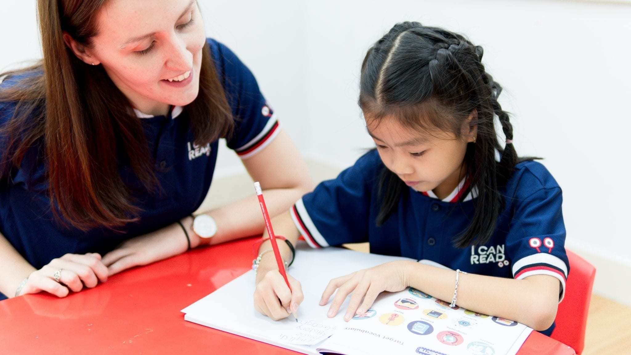 Tự học Tiếng Anh ở nhà kiểu học sinh luôn mang đến cho bạn một nền tảng vững chắc