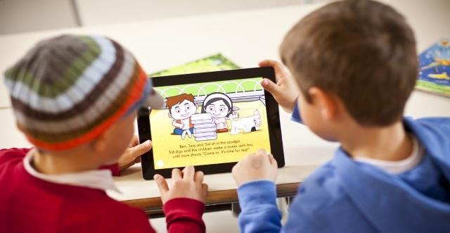 Đầu tư cho trẻ học tiếng Anh sớm là cách để trẻ có thể định hình thói quen học tập tốt